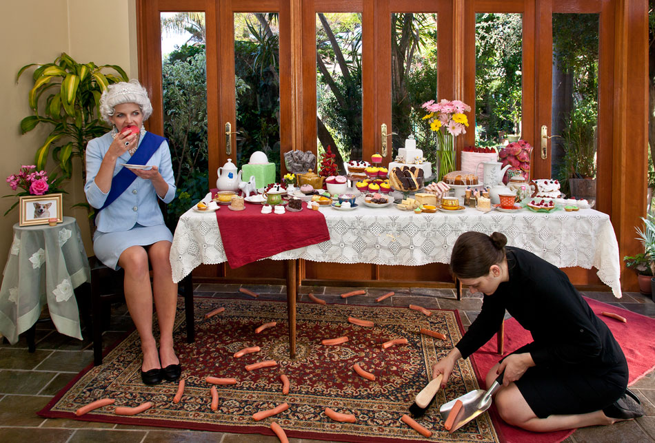Afternoon tea with the Queen, 2011